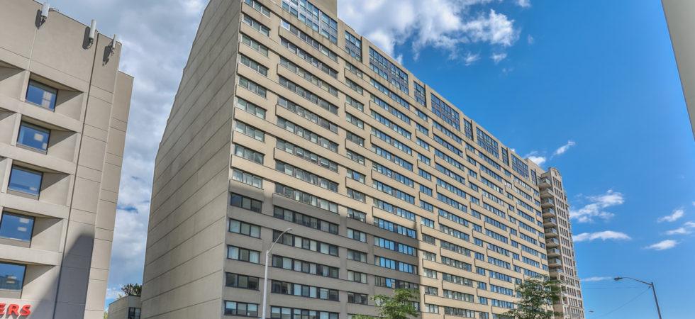 360 Bloor Street East, Suite 1009