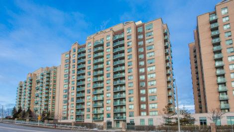 3 Oneida Crescent, Suite 403