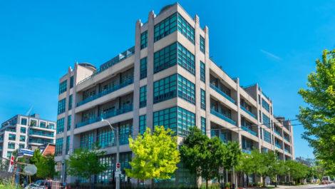 380 Macpherson Ave Suite 402